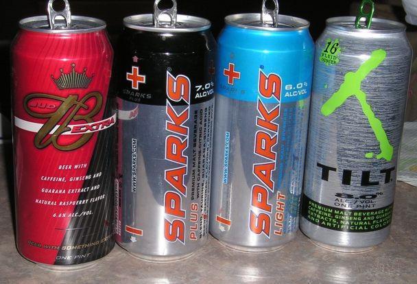 Алкогольные энергетики: состав спиртных коктейлей, влияние на организм человека, мнение врачей