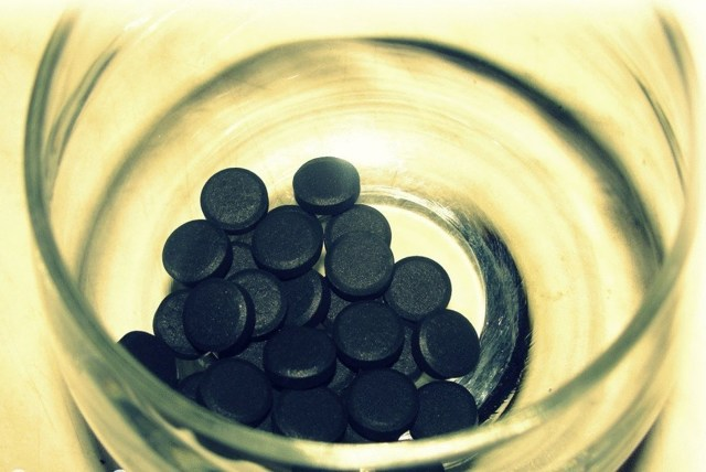 Уголь активированный и алкоголь — Инструкция употребления активированного угля перед алкоголем, полезные рецепты