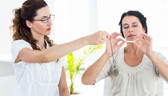 Гипноз от курения: техника проведения, эффективность лечения и отзывы пациентов