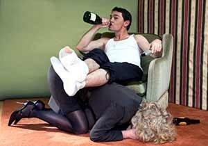 Психология алкоголика и социальные признаки: мнение психолога, способы лечения алкогольной зависимости