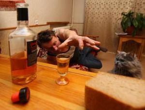 Трясет с похмелья второй день: что делать в домашних условиях? Препараты и рецепты от тремора