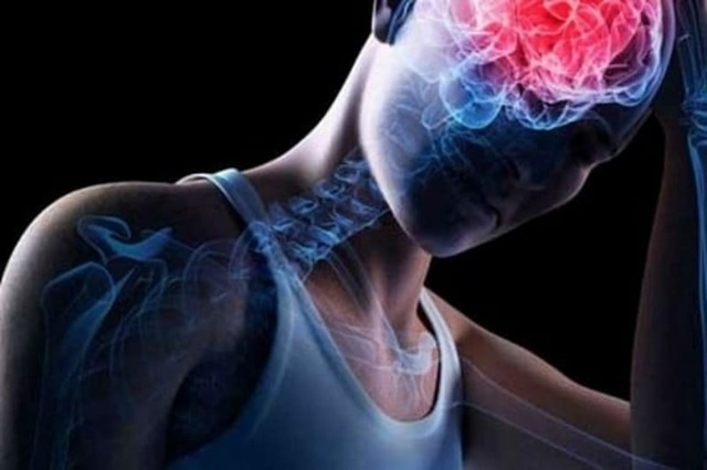 Болит голова после курения сигарет: основные причины и возможные последствия для организма