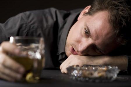 Алкогольная деградация личности с психопатоподобными признаками: основные признаки