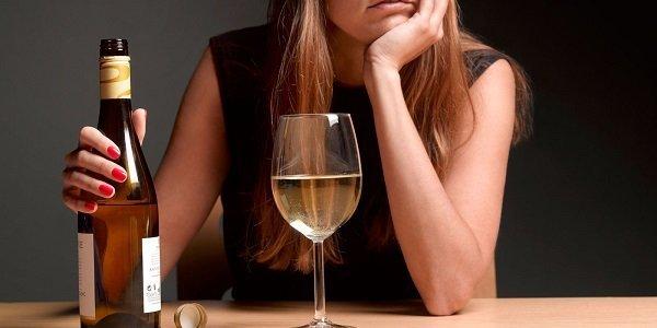Алкоголь и рак — Влияние алкоголя на рост раковых клеток, причины и риски развития