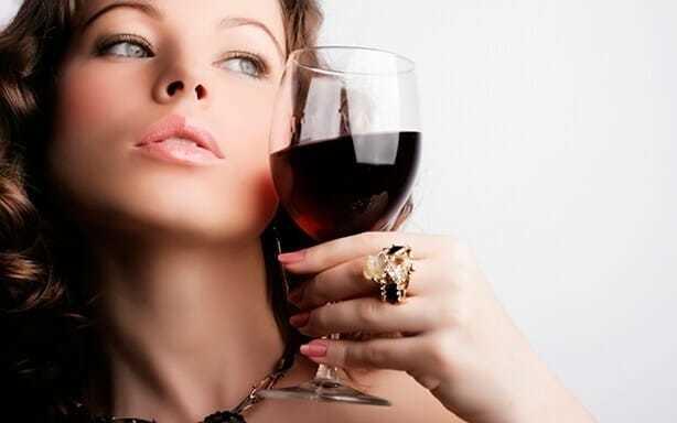 Алкоголь и филлеры — Последствия совместимость с алкоголем, влияние на кожу, советы врачей