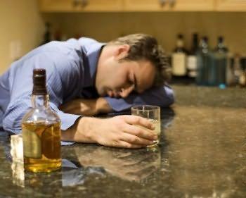 Выход из похмелья — Как облегчить похмелье после длительного запоя