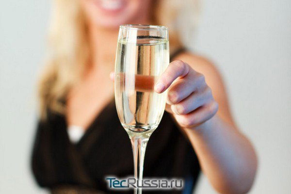 Алкоголь после увеличения губ — Гиалуроновая кислота, рекомендации и возможные последствия