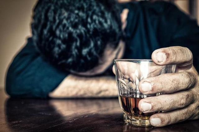 Как снять алкогольную интоксикацию: эффективные методы лечения в домашних условиях