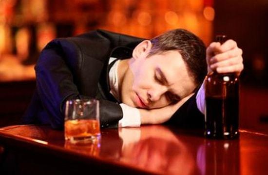 Алкогольный запой — Запой 7 дней что делать? Методы лечения