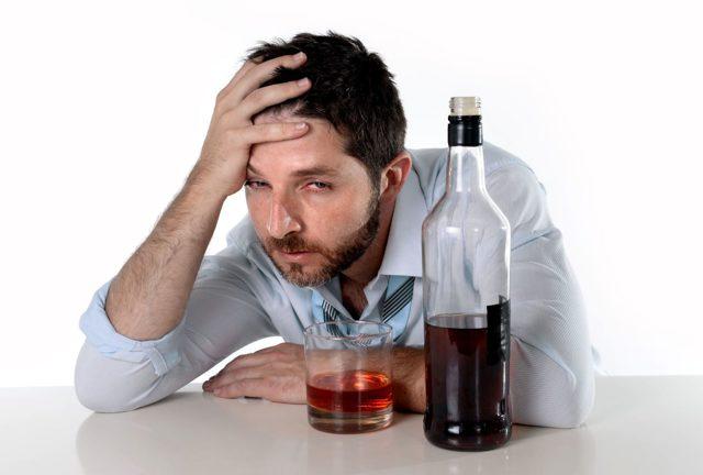 Но-шпа и алкоголь: совместимость и последствия употребления с алкогольными напитками