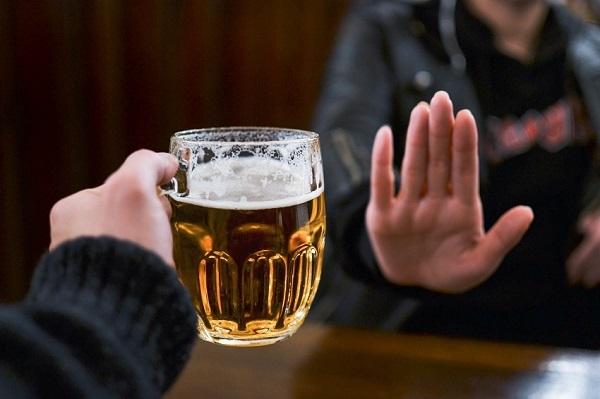 Алкоголь после аппендицита — Через сколько можно пить алкоголь после удаления аппендицита? Советы врачей
