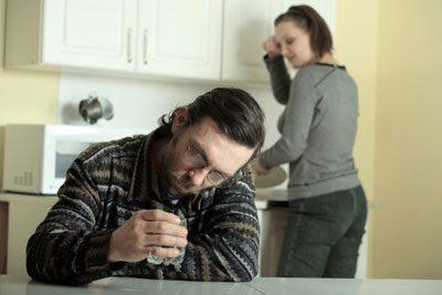 Алкогольные судороги — Судороги после алкоголя, причины и лечение