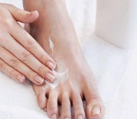 Салицилово цинковая паста. Инструкция по применению от прыщей, потливости, лишая, запаха ног, бородавок, грибка ногтей, пигментных пятен. Отзывы, цена
