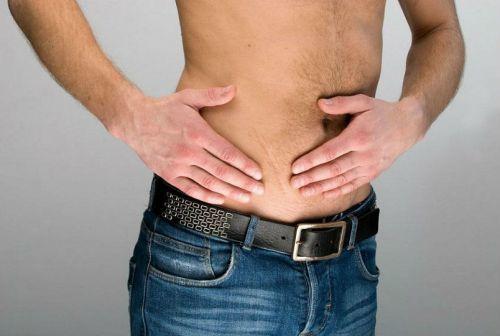 Боль внизу живота у мужчин: в левом, правом боку, тянущая, ноющая, тупая, резкая, острая, сильная в области паха. Причины, к какому врачу обратиться