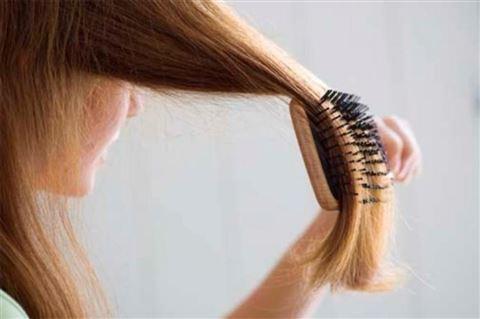 Болячки на голове в волосах. Причины, фото, лечение у взрослых, ребенка в домашних условиях