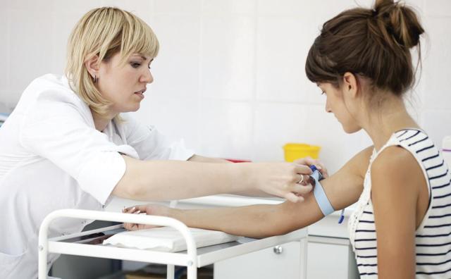 Альфа амилаза повышена в крови. Причины, что это значит, лечение у взрослых, детей