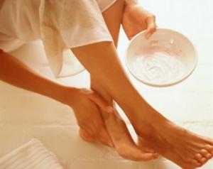Чем лечить грибок ногтей на ногах и руках? Средства для лечения запущенной формы заболевания: недорогие, но эффективные