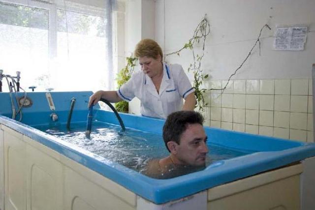 Бишофитовые ванны. Показания и противопоказания, отзывы врачей