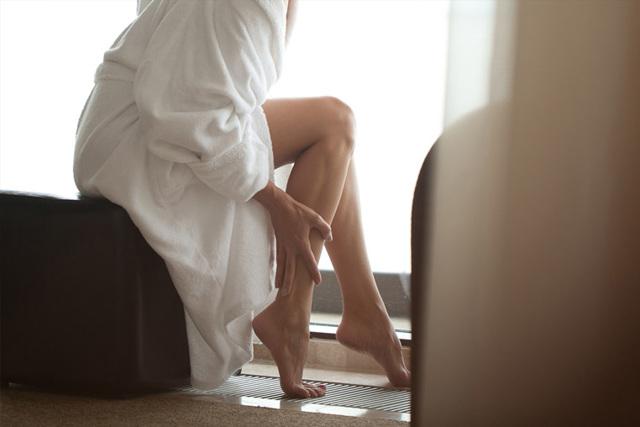 Как избавиться от отечности лица под глазами, тела, ног в домашних условиях. Лекарства, народные средства, что лучше принимать